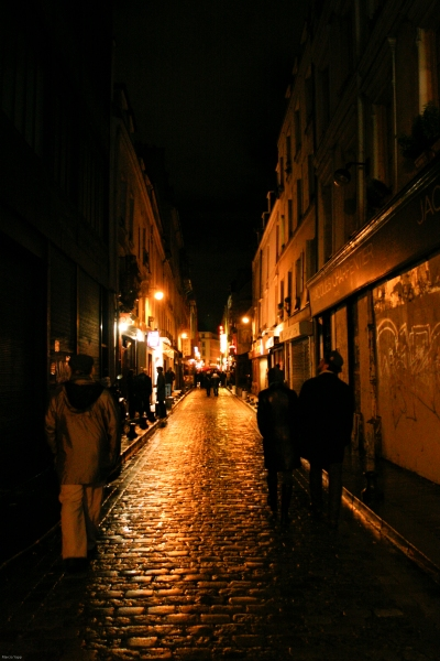 Rue des Rosiers 3.2009. Photo by Marcia Yapp.